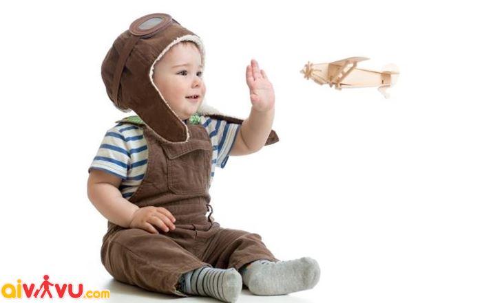 Trẻ em có thể đi máy bay bằng giấy khai sinh bản sao không?