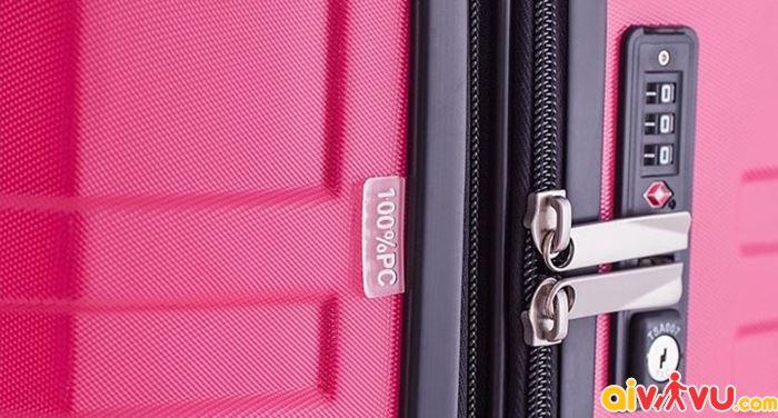 Khóa vali để tránh tình trạng mất trộm