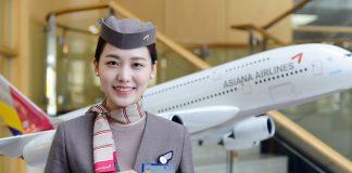 Nữ tiếp viên hàng không Aisana Airlines
