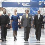 Tiếp viên và cơ trưởng của United Airlines