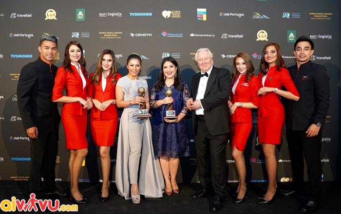 Air Asia tăng 20 chuyến bay đưa cổ động viên Việt Nam xem chung kết