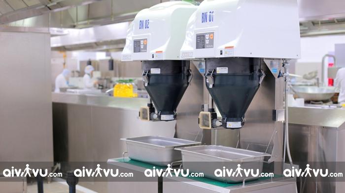 Vietnam Airlines khai trương cơ sở chế biến suất ăn mới