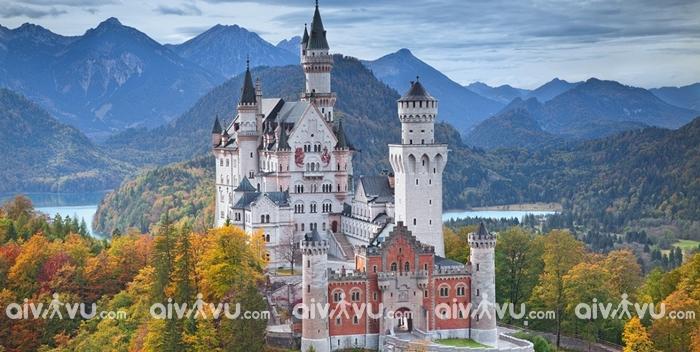Lâu đài Neuschwanstein của Đức