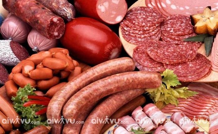 Hành khách sẽ bị phạt 150 triệu đồng nếu mang thịt sang Đài Loan