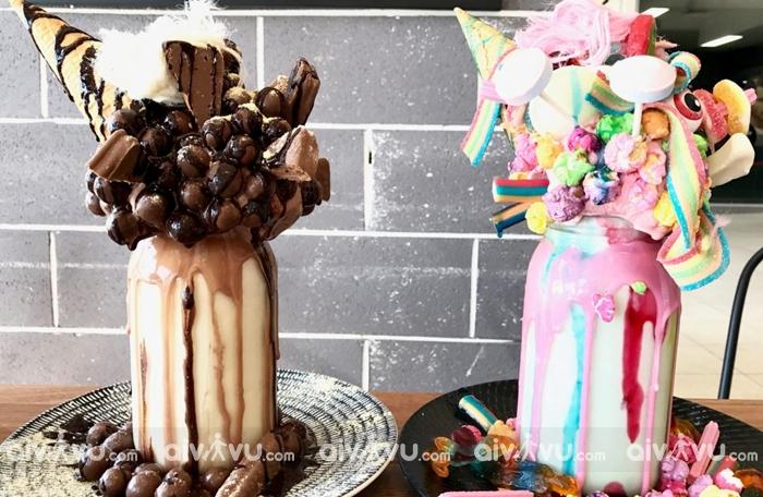Quán Sugar buns bakery café nổi tiếng với món sửa lắc