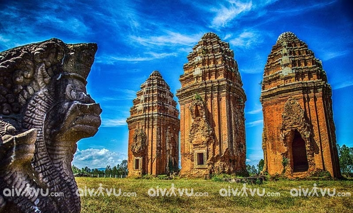 Tháp Chăm đặc trưng văn hóa Champa tại Quy Nhơn