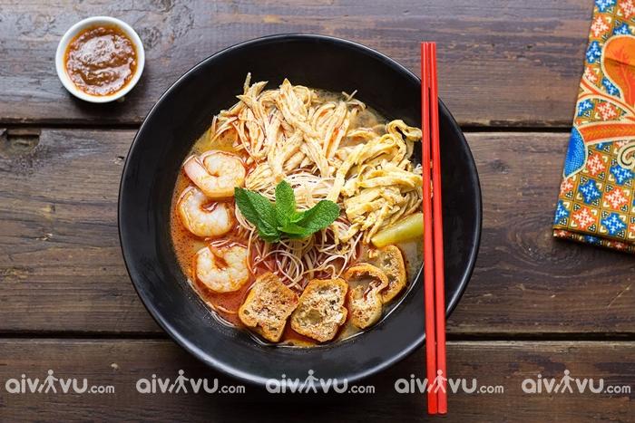 Khám phá ẩm thực Singapore tại sân bay