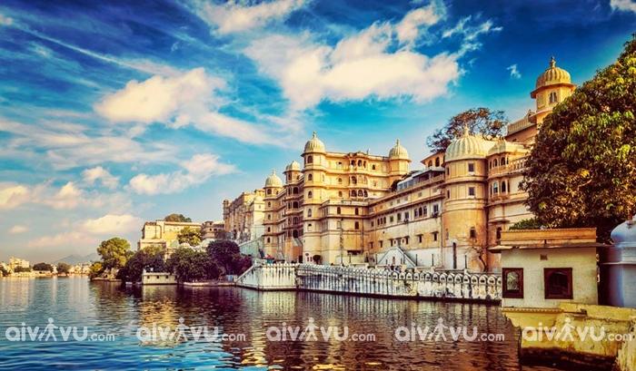 Thành phố lãng mạn Udaipur