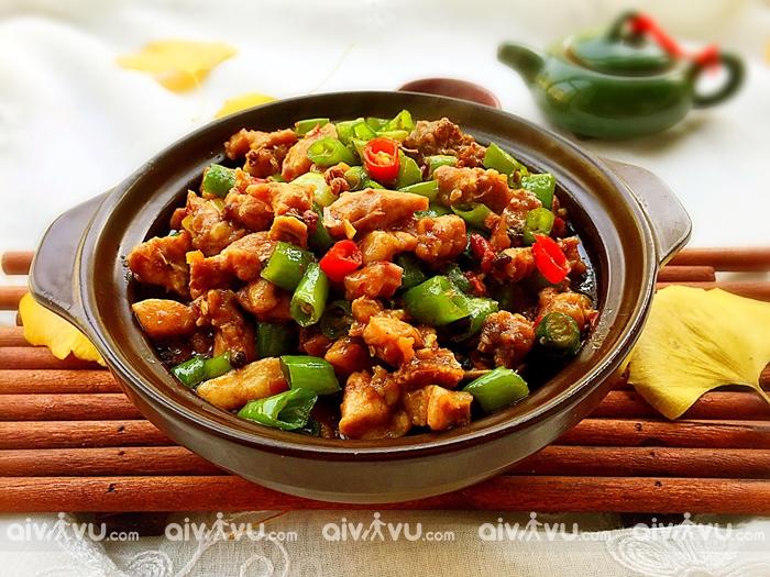 Thịt thỏ rán với ớt biểu tượng ẩm thực Thành Đô
