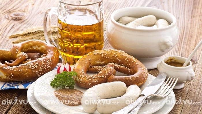 Xúc xích trắng Weisswurst - Munich