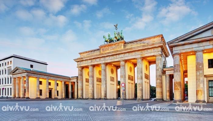Cổng Brandenburg điểm đến hấp dẫn tại Berlin
