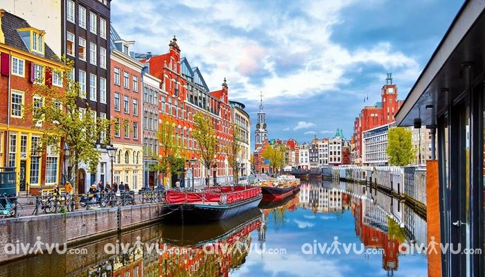 Đặt vé máy bay đi Hà Lan tham quan những địa điểm nào?