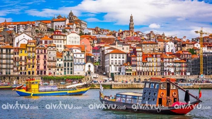 Khám phá những thành phố nổi tiếng tiếng của Bồ Đào Nha