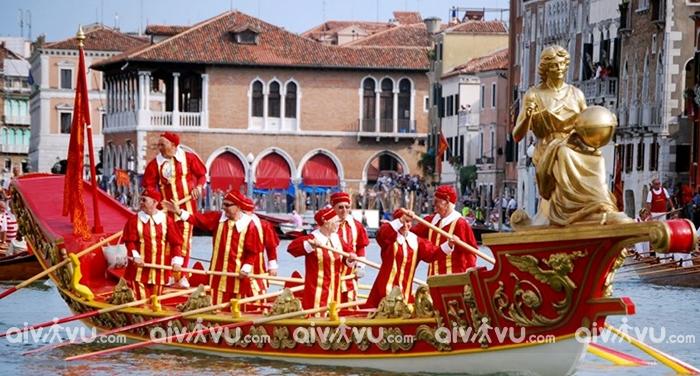 Lễ hội Regata Storica, Venice, Italia