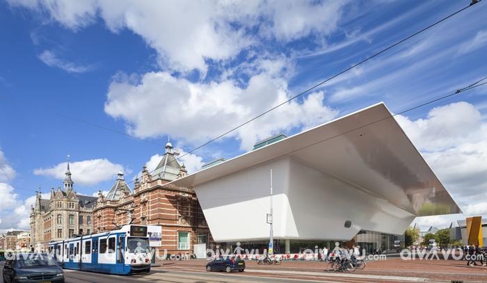 Đặt vé máy bay đi Amsterdam tham quan những thành phố nổi tiếng?