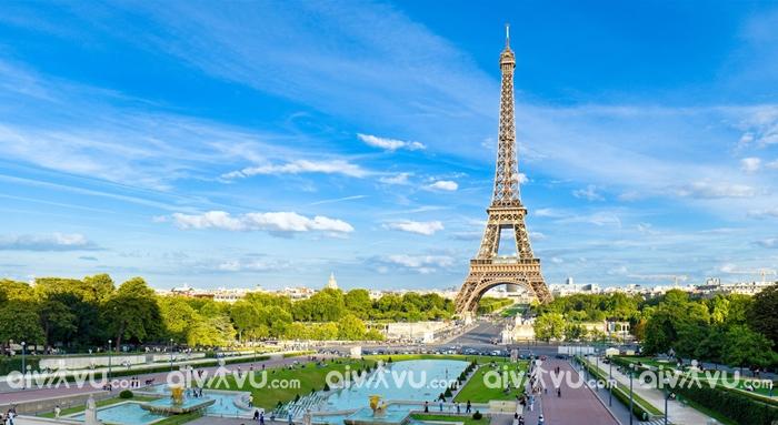 Mua vé máy bay giá rẻ đi Paris khám phá những đâu?