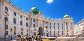 Vé máy bay đi Vienna giá rẻ
