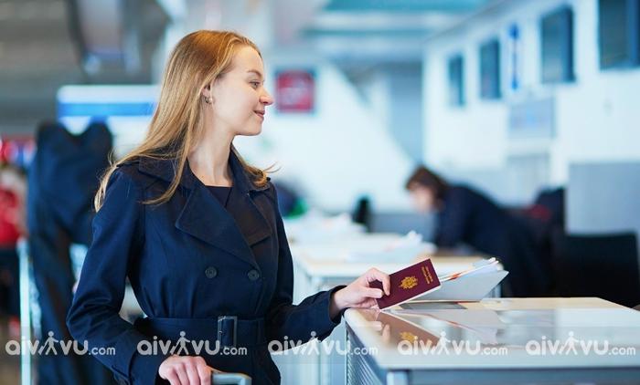 Chuẩn bị những giấy tờ cần thiết trước khi lên máy bay