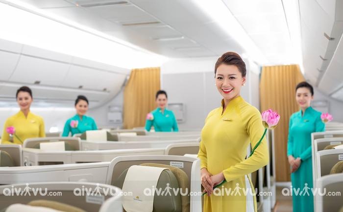 Phí dịch vụ phục vụ hành khách trên các chuyến bay Vietnam Airlines