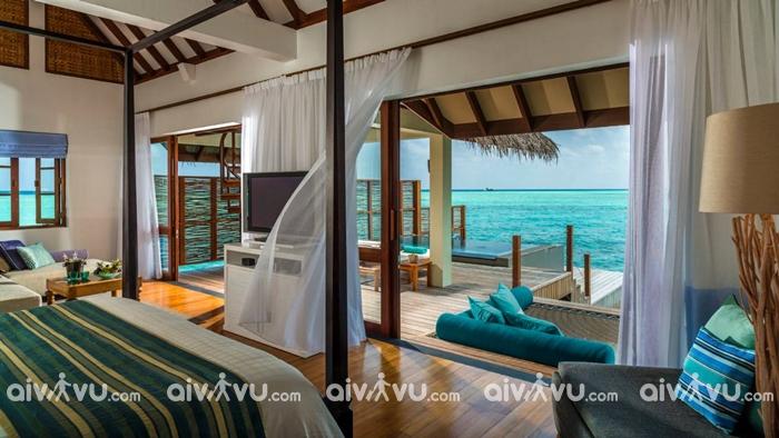Four Seasons Resort Maldives.