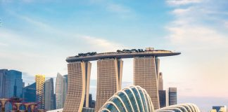 Là một địa điểm du lịch nổi tiếng nên có rất nhiều hãng hàng không đến Singapore