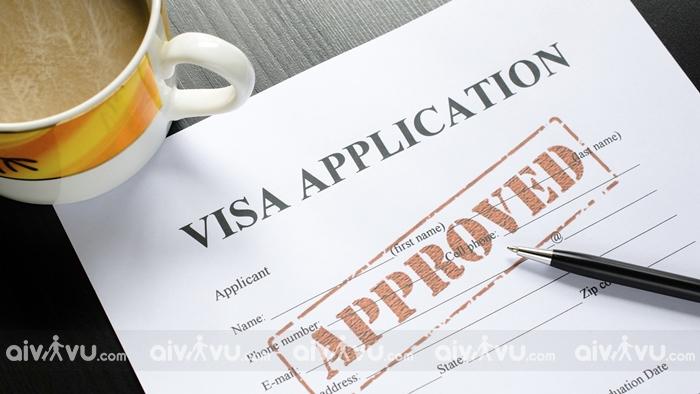 Aivivu hỗ trợ hành khách xin visa công tác Trung Quốc nhanh chóng