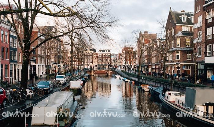 Lạc vào thiên đường cổ tích ở Hà Lan khi đi du lịch châu Âu