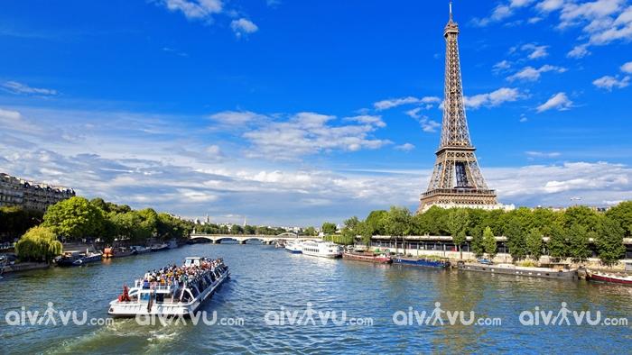Vì sao phải mua bảo hiểm khi du lịch Pháp?