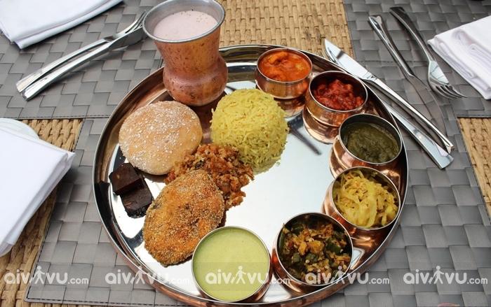 Thali món ăn ngon tại Ấn Độ