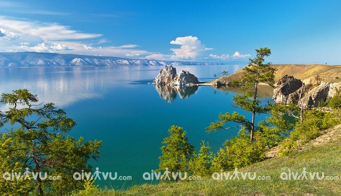 Thăm quan hồ nước ngọt lớn nhất thế giới