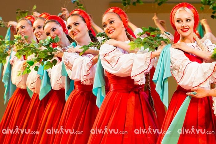 Văn hóa Nga qua các điệu nhảy truyền thống