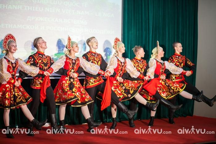 Những điệu nhảy nổi tiếng của Nga
