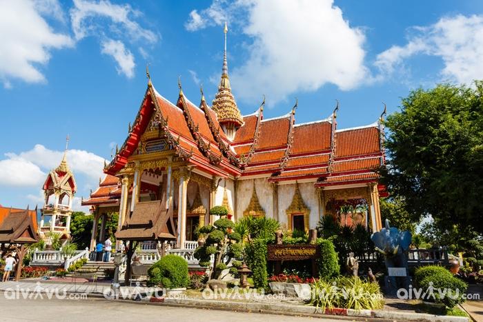 Wat Chalong - ngôi chùa nổi tiếng trên đảo Phuket
