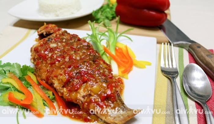 Ẩm thực Thái Lan Tết Songkran với Pla Rad Prik (Cá diêu hồng chiên sốt ba vị)