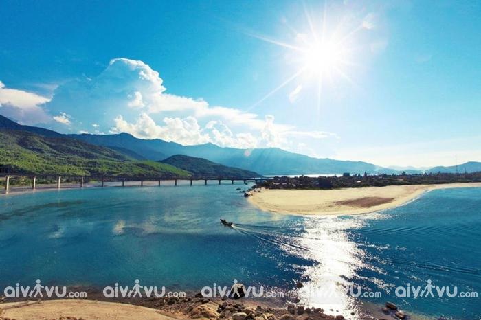 Lăng Cô – Vịnh biển đẹp nhất thế giới
