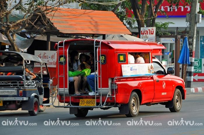 Xe Songthaew là phương tiện di chuyển thuận tiện ở Chiang Mai
