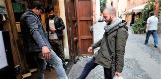 Du lịch Ý thời dịch Covid-19: Chào nhau bằng chân để ngăn ngừa lây nhiễm