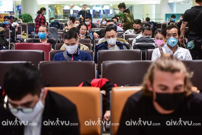 """""""Giải mã"""" nỗi lo lây nhiễm virus Covid-19 khi đi máy bay"""