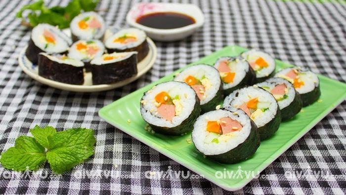 Gimbap – Món ăn sáng quốc dân của Hàn Quốc