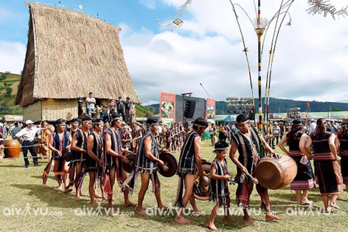 Khám phá các lễ hội đặc sắc của đồng bào các dân tộc Tây Nguyên