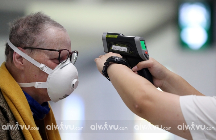 Khi đi du lịch trong dịch Covid-19, máy quét thân nhiệt hiệu quả đến đâu trong việc phát hiện những người bị nhiễm SARS-CoV-2?