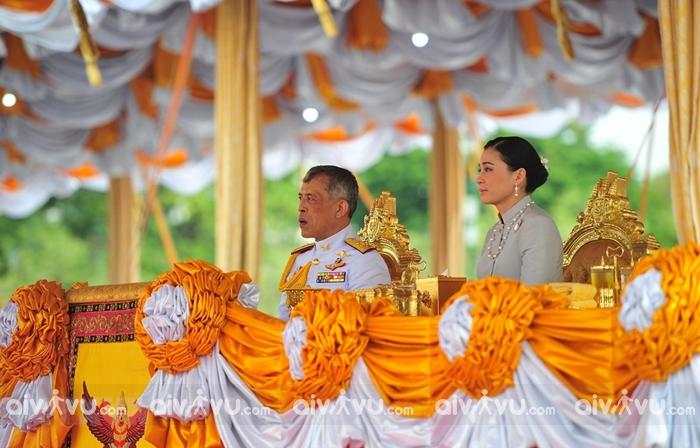 Không bàn tán chủ đề liên quan đến hoàng gia khi du lịch Thái Lan