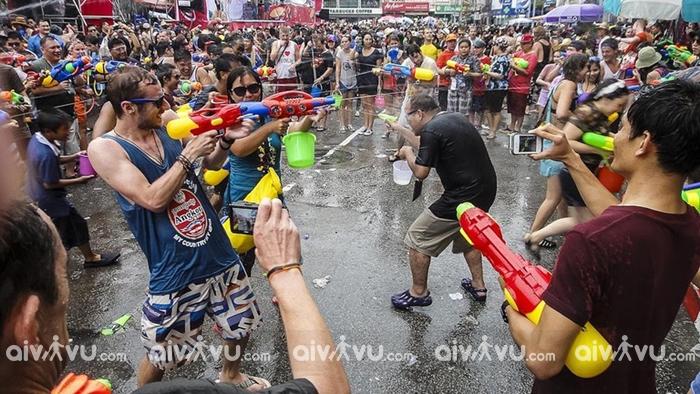 Một số lưu ý khi tham gia lễ hội Songkran