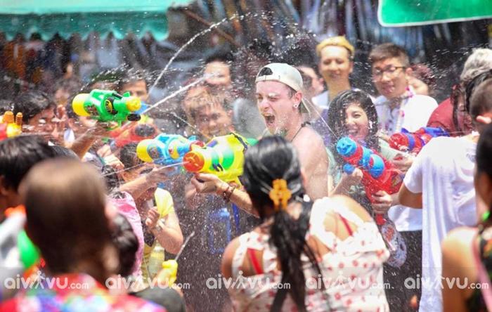 Bangkok, Chiang Mai là hai thành phố lớn vô cùng sôi động để đón Tết Songkran