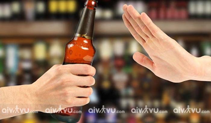 Từ chối uống rượu ở Nga là hành động khiếm nhã
