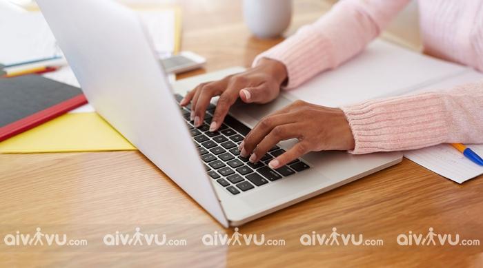 Hành khách không được phép làm thủ tục online Eva Air