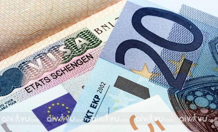 Lệ phí xin visa Schengen bao nhiêu tiền?