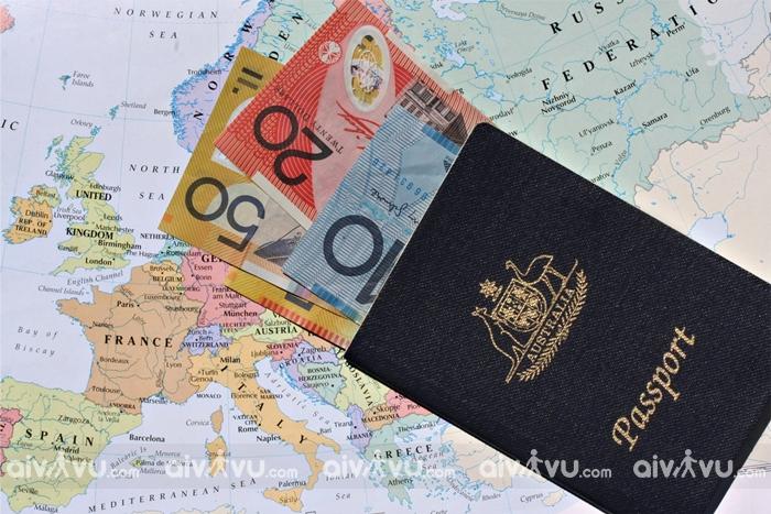 Phí dịch vụ xin visa Canada tại Aivivu