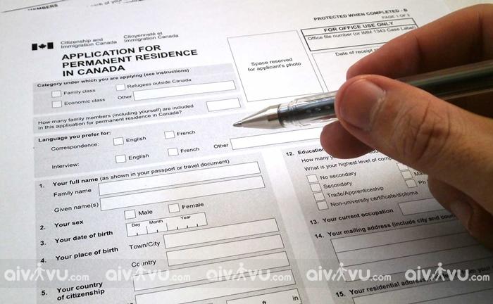 Vì sao phải điền tờ khai xin visa Canada