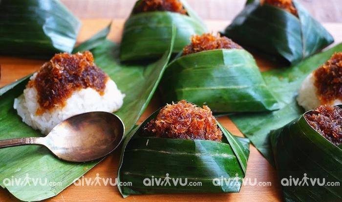 Bánh Pulut intu món bánh ngọt độc đáo của Malaysia
